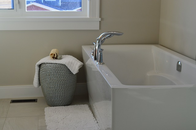 Bathroom renos: Why you should put your plumber on speed dial - modern bathroom 1472450531 - Bathroom renos: Why you should put your plumber on speed dial