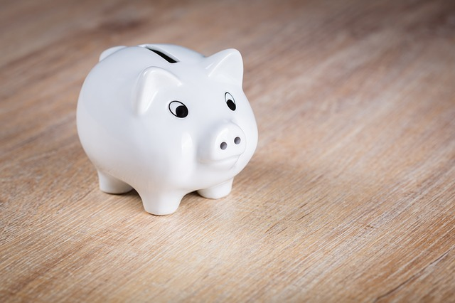 Financial Wisdom for Loved-Up Newlyweds - piggy bank 1488308671 - Financial Wisdom for Loved-Up Newlyweds