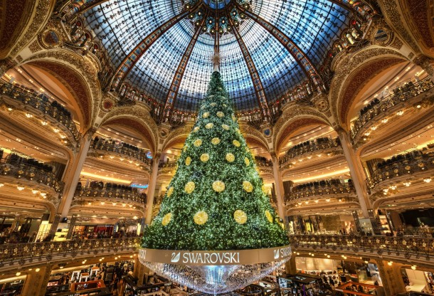christmas trees - the biggest christmas tree ive seen inside a building in paris 9964 - Whopping big Christmas trees that make you feel small